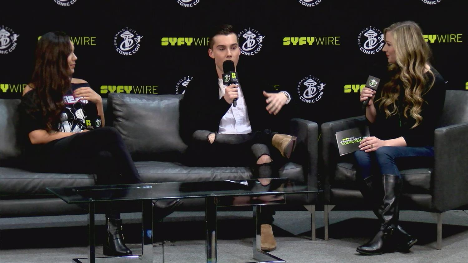 Adventure Time's Jeremy Shada & Olivia Olson on Cosplaying as Their Characters (Emerald City Comic Con)