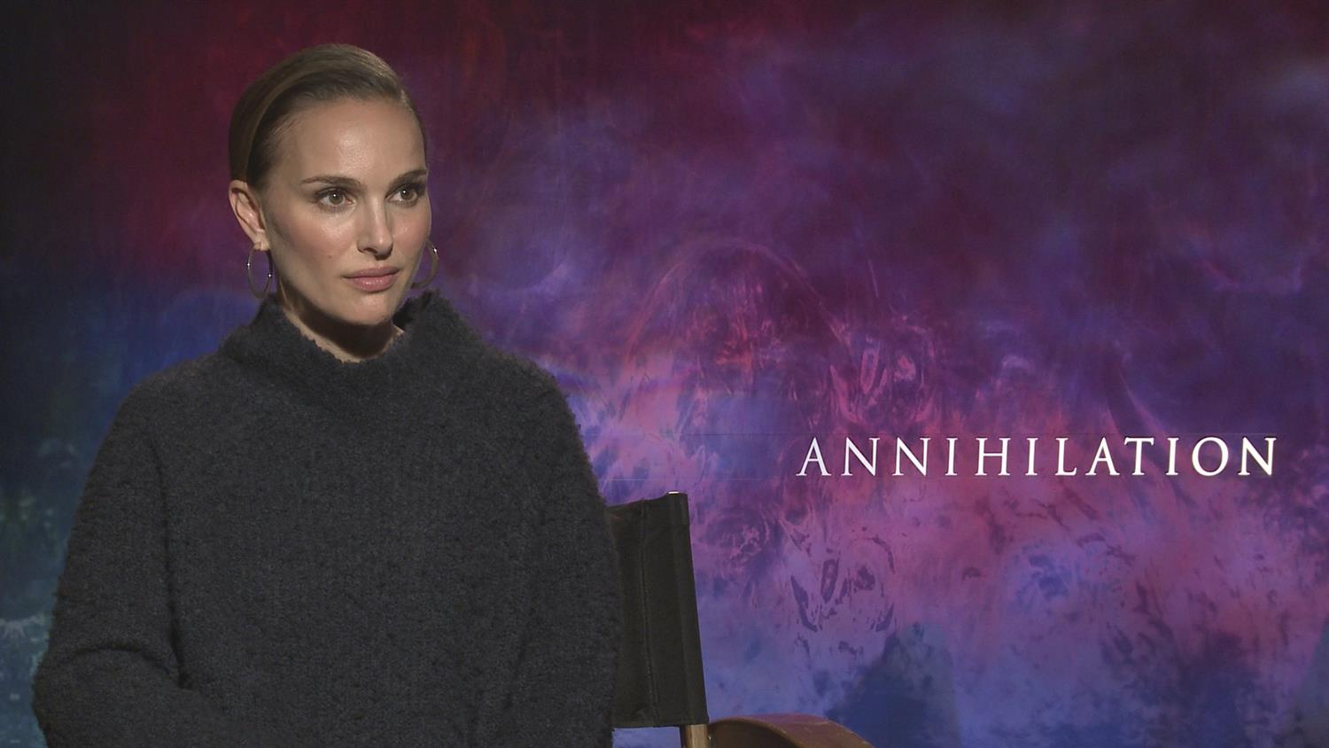 Annihilation's Natalie Portman On Playing A Soldier/Scientist, Fighting Creatures