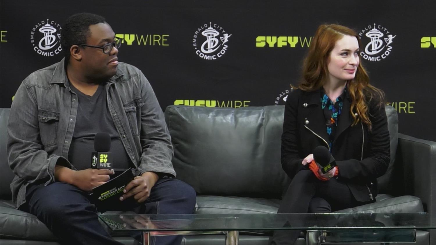 Felicia Day Jokes About New Sitcom & Food Delivery Problems (Emerald City Comic Con)