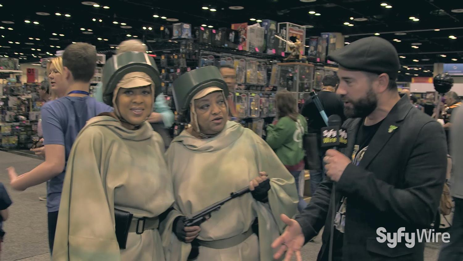 You Must Hear The Story of These Mother-Daughter Star Wars Fans