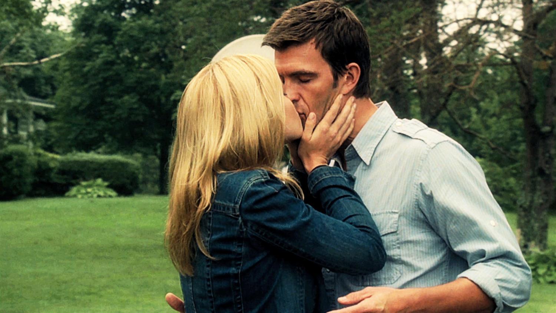 Nathan & Audrey Kiss